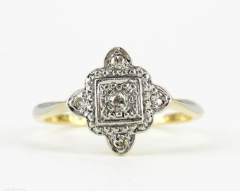 Art Deco Square Shaped Diamond Ring, Scalloped Edge Five Stone Engagement Ring. Circa 1920s, 18ct & Platinum.