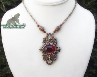 Enchantress -- MELISANDRE -- Game of Thrones Inspired Necklace with aged brass, faceted blood red glass gems
