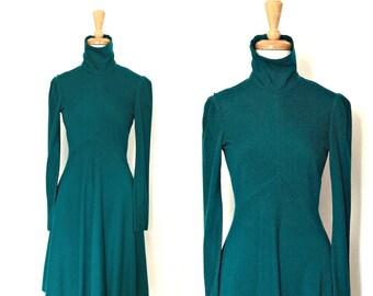 Vintage Green Wool Dress - Neiman Marcus - 70s dress - winter dress - fit and flare - Small Medium