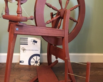 Ashford Traditional Spinning Wheel single treadle yarn wool handspun