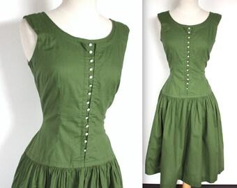 Vintage 1950's Dress // 50s Moss Green Cotton Day Dress with Buttons // Sun Dress