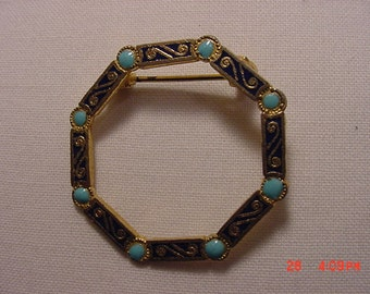 Vintage Enamel Painted  Brooch   16 -  340