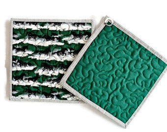 Quilted Potholders / Quilted Hot Pads / Quilted Trivets / Quilted Mug Rugs / Quilted Candle Mats - Black Stallion Horse - Set of 2