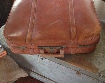 Vintage Peerless Leather Suitcase Luggage