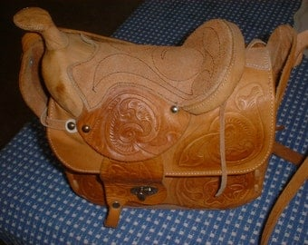 Vintage Western SADDLE PURSE Cowboy Rodeo Eye Catching Leather Bag