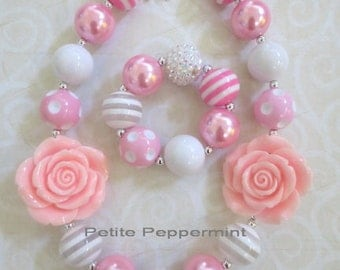 Pink and White Baby Girl Necklace, Girl Bubblegum Necklace, Children Necklace, Girl Chunky Necklace, Chunky Bead Necklace, Photo Prop