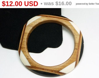 Vintage Wood Bangle Bracelet - Laminated Wood & Lucite - Black, White, Brown Shades of Wood Grain - Mid Century Modernist - 1970's