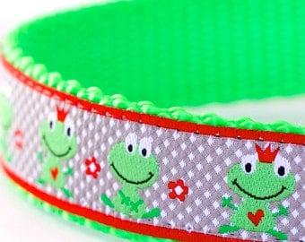 Happy Frogs Dog Collar, Green Pet Collar, Ribbon Dog Collar