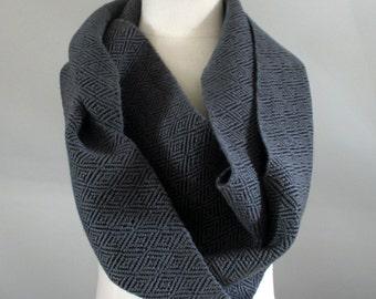 UNISEX Handwoven Infinity Scarf Cowl - Grey + Black