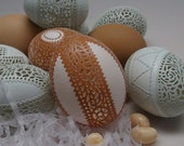 Etched And Carved Victorian Lace Egg - Large Brown Chicken