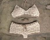 Crochet set in cream