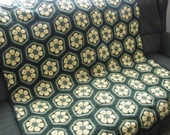 Handmade Crochet Hexagon Flower Granny Square Afghan 49 x 59 Green Yellow