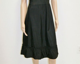 Vintage 1940's 50's Black Acetate Slip by Loomcraft Size 34 - Fits 8