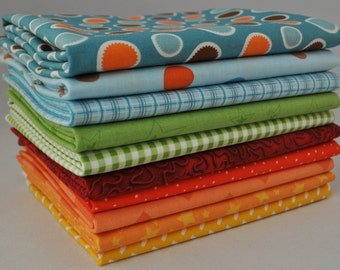Fox Trails Blue Circles 10 Fat Quarters Bundle by Mixed Designers for Riley Blake, 2 1/2 yards