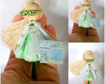 Doll brooch lady-doctor