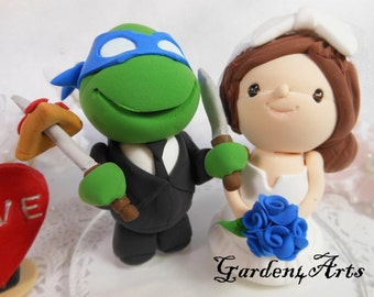 NEW--Custom Wedding Cake Topper-Love Turtle & girl Couple with circle clear base