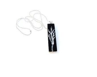 Necklace Botanical White Black Leaf Pendant Necklace