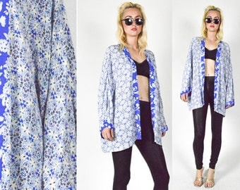 90's BLUE and  White FLORAL Duster Coat. 90's Grunge Mod Floral. KIMONO Blouse. Size Xl, Extra Large