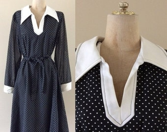 SALE 1970's B&W Polka Dot Dress Plus Size Vintage Cotton Shift Trapeze Dress Size Large Xl by Maeberry Vintage