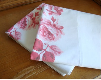 Vintage Printed Pink Roses Cotton Duracale Pillowcases by Fieldcrest