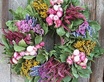 "18"" Colorful Dried Flower Bunch Wreath"