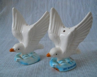 Seagull Salt and Pepper Shakers - vintage, collectible, GF Japan, birds