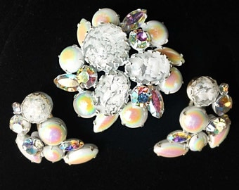 Vintage REGENCY White Enamel, Confetti Cabochon and Milk Glass Aurora Borealis Brooch and Earring Set - Signed