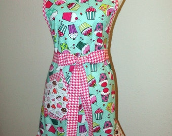 Apron Handmade Bib Apron the Fanciful Cupcake with ruffle Med. ready to ship Retro style-Reduced