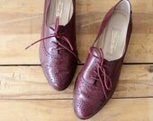 Leather Oxfords 7 1/2 • Etienne Aigner Shoes • Burgundy Shoes • Wingtip Shoes • Lace Up Shoes • Fall Shoes • Maroon Shoes | SH331