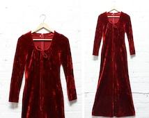 Velvet Dress Long Sleeve XS/S • 70s Maxi Dress XS/S • Crushed Velvet Dress • Scoop Neck Dress • Burgundy Dress | D511