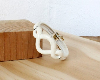 Monet Bracelet • Knot Bracelet • White Bracelet with Safety Chain • Enamel Bracelet • Spiral Bracelet • 60s Jewelry   BR172
