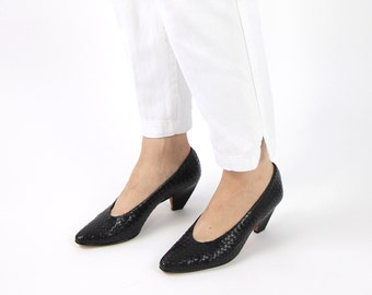 VINTAGE Leather Woven Heels Black Point Toe Size 7