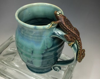LIZARD Handmade Pottery Coffee Mug Emerald Green