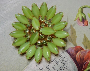 Pretty Lime Green Rhinestone & Marquise Moonglow Brooch    NCM9