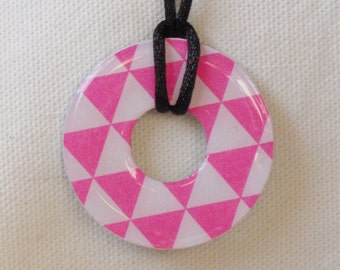 Metal Washer Pendant, Pink and White Pendant, Pink and White Necklace, Bright Pink and White Jewelry, Geometric Design Necklace