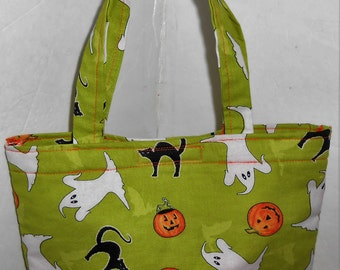 Halloween Print Tote Bag Purse in Ghosts, Cats and Pumpkins print