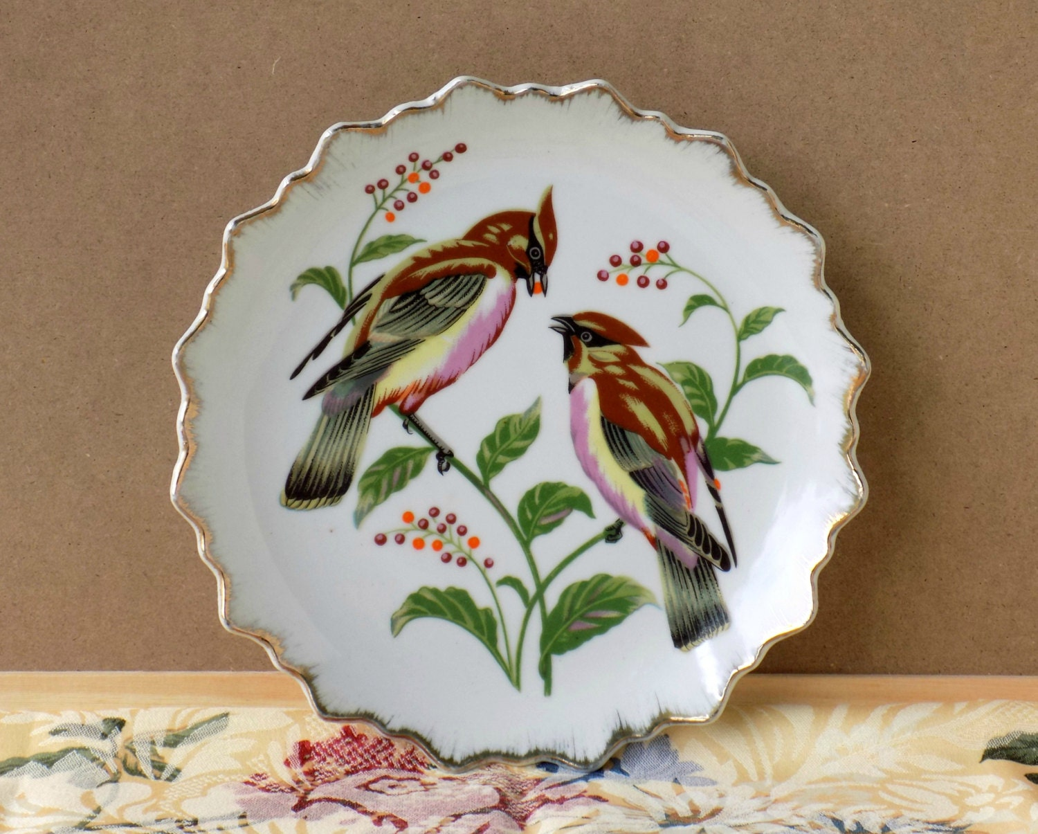 Vintage Bird Plate. Wall Decor. Decorative Accent. Home
