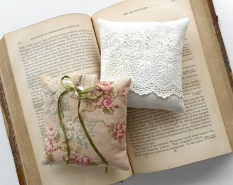 Dried Lavender Sachet Organically Grown Handmade Vintage Textiles Eyelet Lace Cottage Chic Home Decor Bridal Shower Gift Scented Home Decor