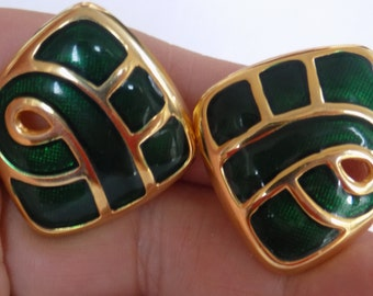Vintage earrings, green enamel and gold plate clip-on earrings,retro jewelry