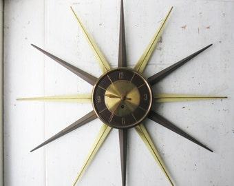 "Large Vintage Starburst Wind Up Wall Clock - 25"" Diameter - Brass / Faux Bois - Mid Century Modern"