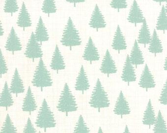 Moda - Winterberry Berry 13143 12 - Christmas Tree Snow Mint