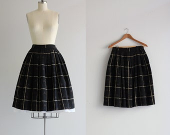 Vintage 1950s Skirt . Black Wool Skirt . 50s Full Skirt . Pleated Skirt