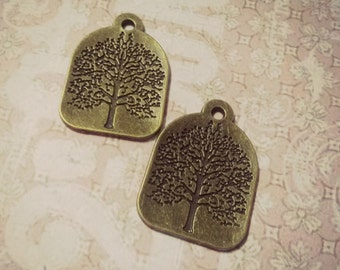 Tree of Life Pendants Charms Stamped Tree Charms Antiqued Bronze 31mm 4 pieces