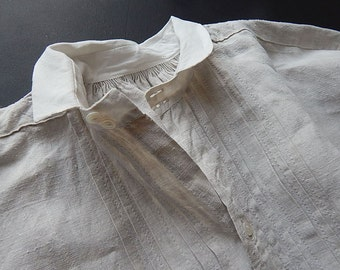 VALENTINE GIFT for HIM French Vintage Gentleman's Nightshirt in Linen
