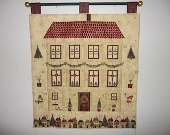 Christmas Advent Calendar - Decorated Holiday Home