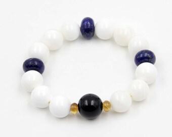 Natural Sea Shell Beads Bracelet Wrist Jewelry  T3302