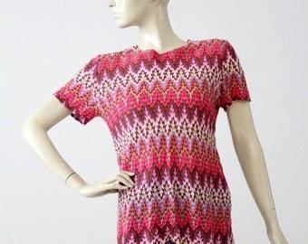 SALE 1970s chevron blouse, short sleeve knit top, vintage pink zig zag shirt