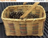 20% WINTER SALE Vintage Country Farm Woven Rectangular Basket with Wood Handle / American Folk / Hand Painted Colored Accents / Eggs, Flower