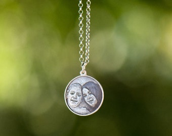 Engraved Circular Photo Pendant