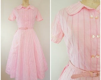 Vintage 1950s Dress / 50s Pink Gingham / Cotton Day Dress / Small